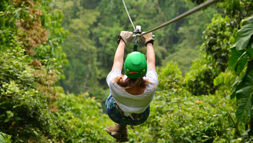 Zipling in Costa Rica