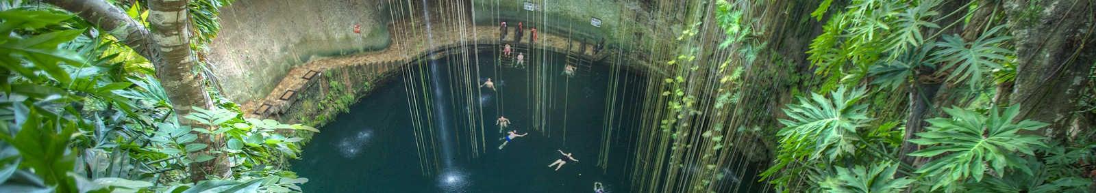 Cenote Ikil, Mexico