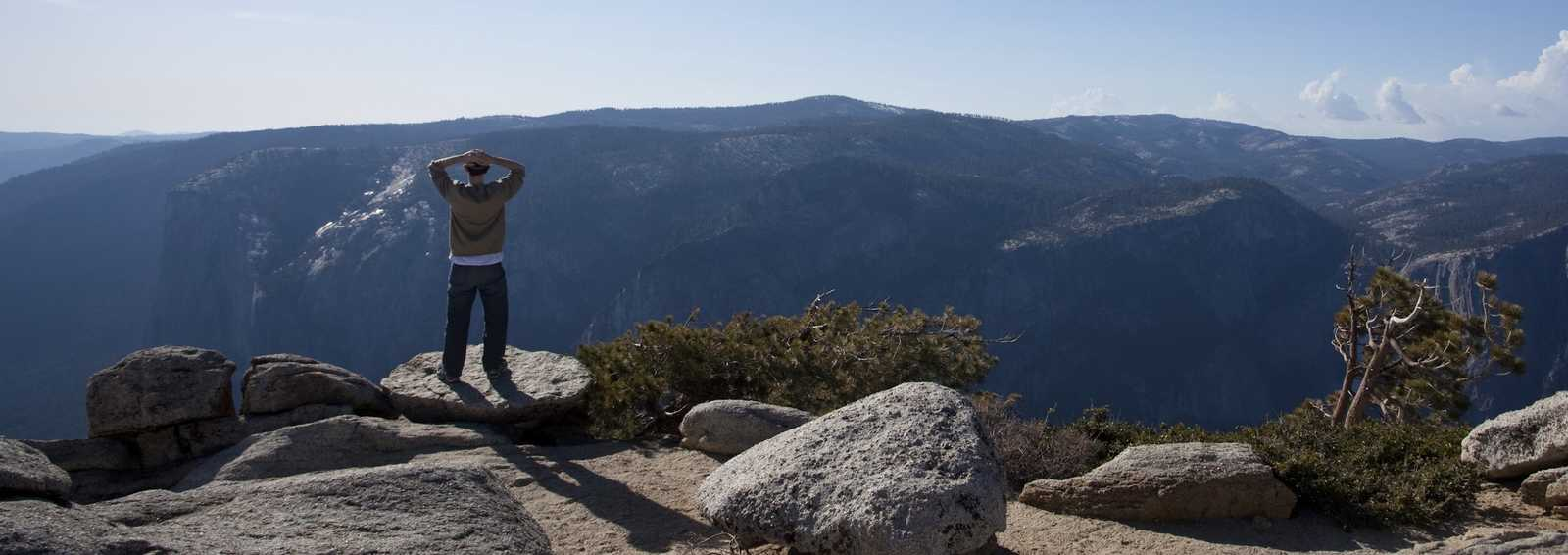 View from Sentinel Point over Yosemite valley, USA