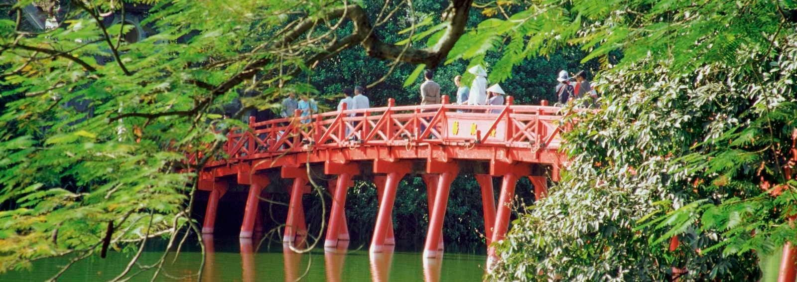 Haan Kiem Lake, Hanoi, Vietnam