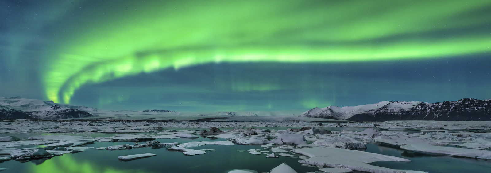 Aurora over Jokulsarlon, Sweden